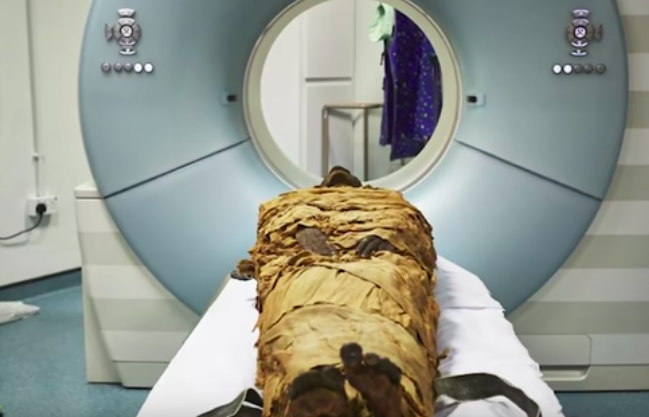 "CT Scan Helps Scientists Hear Mummy's ""Voice"" in England"